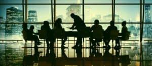 El «ofendido» artículo 348 bis protegiendo a los socios minoritarios